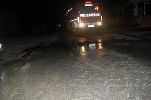 Wasserrohrbruch Sportplatzweg 24-11-12