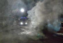 Nachteinsatz - Brennendes Auto auf der Mieminger Strasse, Übung, Foto: Andreas Fischer